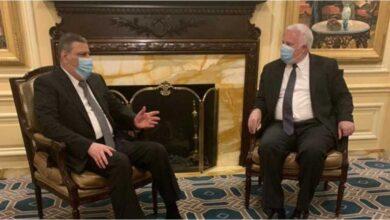 Photo of رياض حجاب يجتمع مع مسؤولين أمريكيين بواشنطن.. وهذه رؤيته للحل السياسي في سوريا