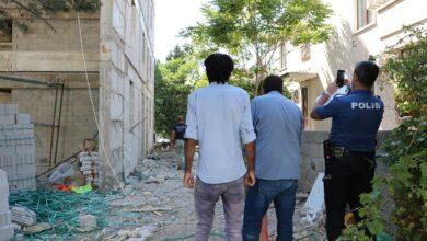 """صورة عامل سوري ستيني يلقى حتـ.ــ.ـفه بطريقة قاسـ.ــ.ـية في """"كهرمان مرعش"""""""