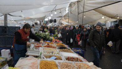صورة تقرير تركي…الأكشاك في إسطنبول تحقق عائدات شهرية بآلاف الليرات التركية