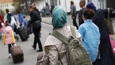 صورة برلمانية ألمانية من أصول سورية توضح حقيقة لم شمل السوري لـــ 100 فرد من عائلته في بريمن