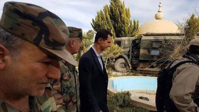 صورة في عملية محكمة قبل فراره إلى أوروبا…المعارضة تفـ.ـتك بأحد أكبر مجـ.ـرمي الحرس الجمهوري التابع للأسد
